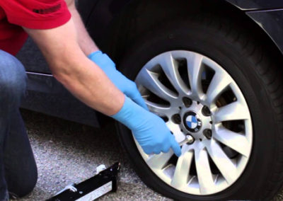 tire-change-seattle-towing